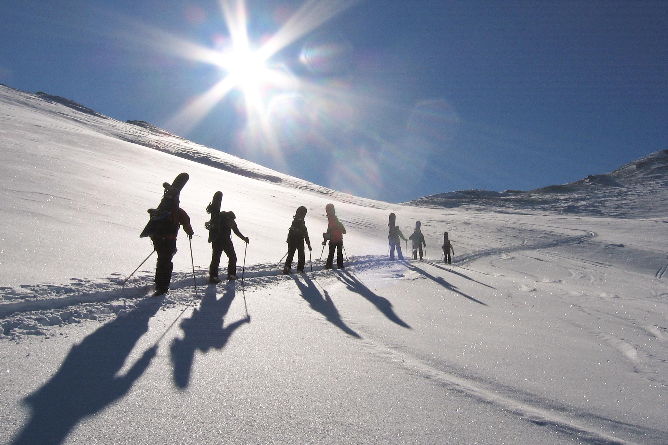 Snowboardbergsteigen